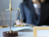 Photo of Требование о выставлении коллегией адвокатов счета-фактуры для оплаты труда защитника по назначению неправомерно